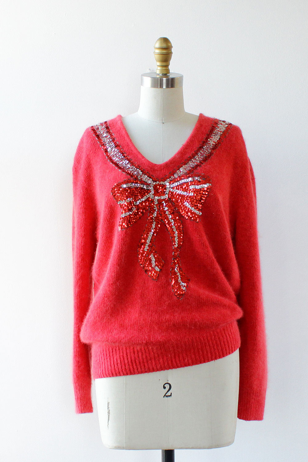 Cupid's Bow Fuzzy Sweater S