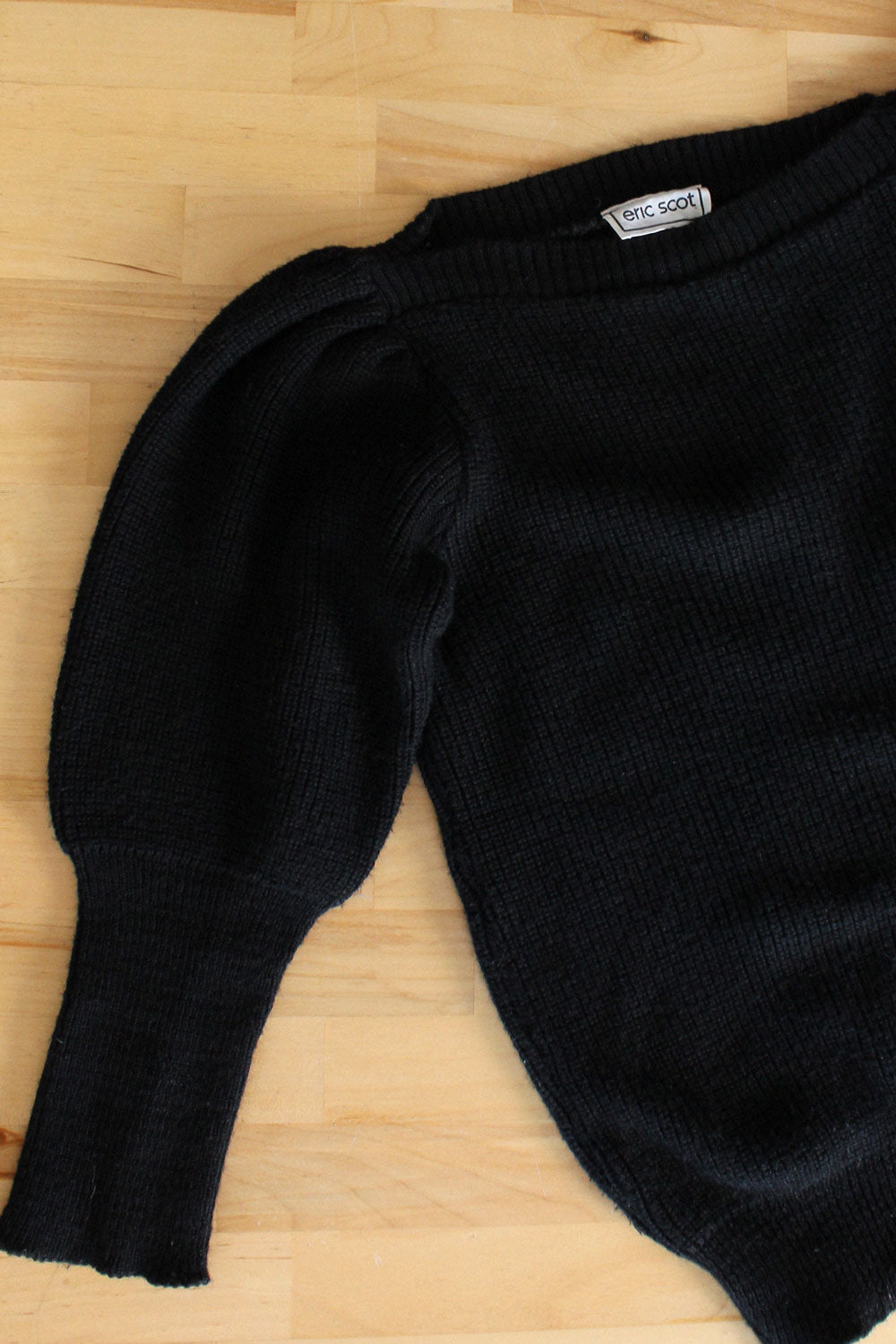 Eric Scott Puff Sweater XS-M