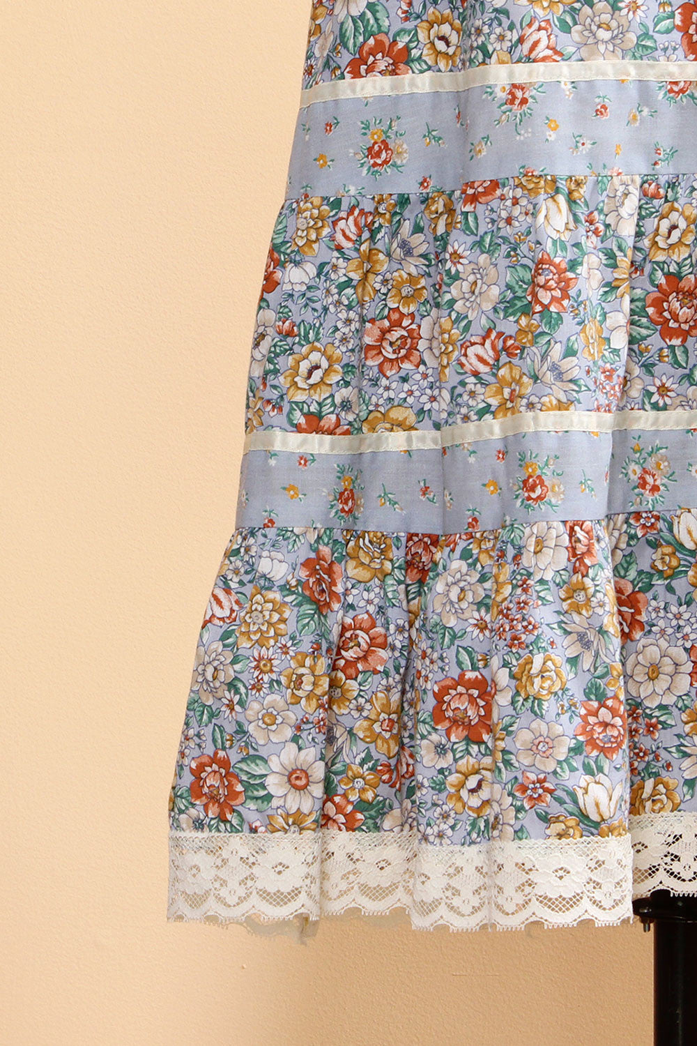 Maddie Blue Floral Tiered Skirt M
