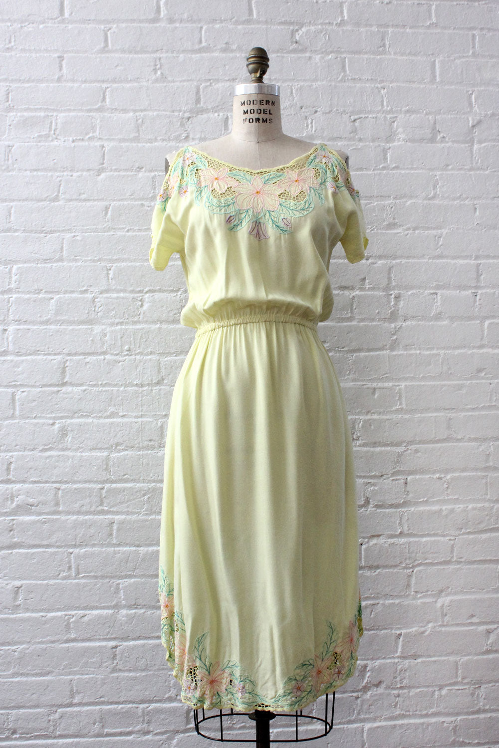 Summer Morning Bali Lace Dress S/M