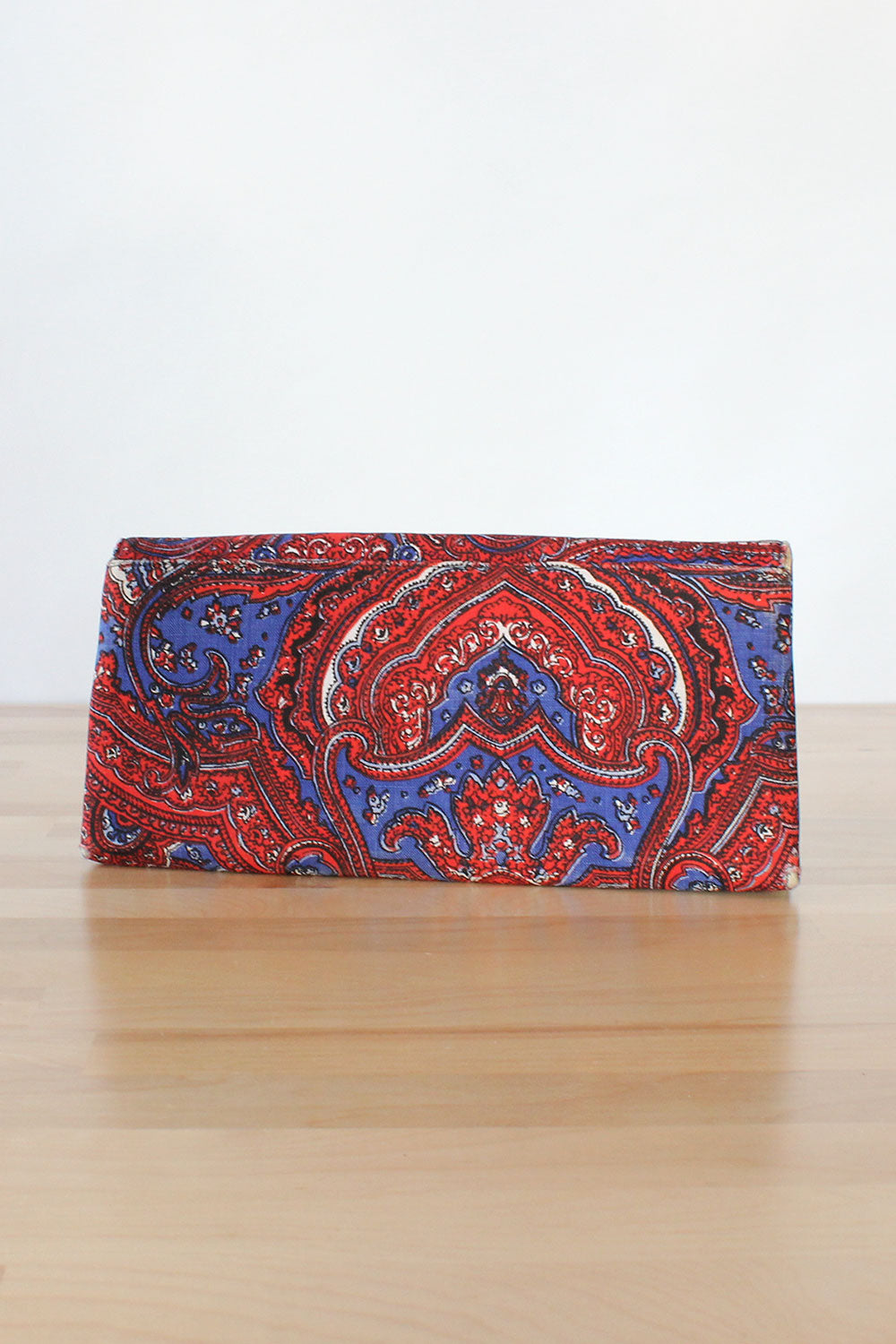 Primarily Paisley 1960s Clutch