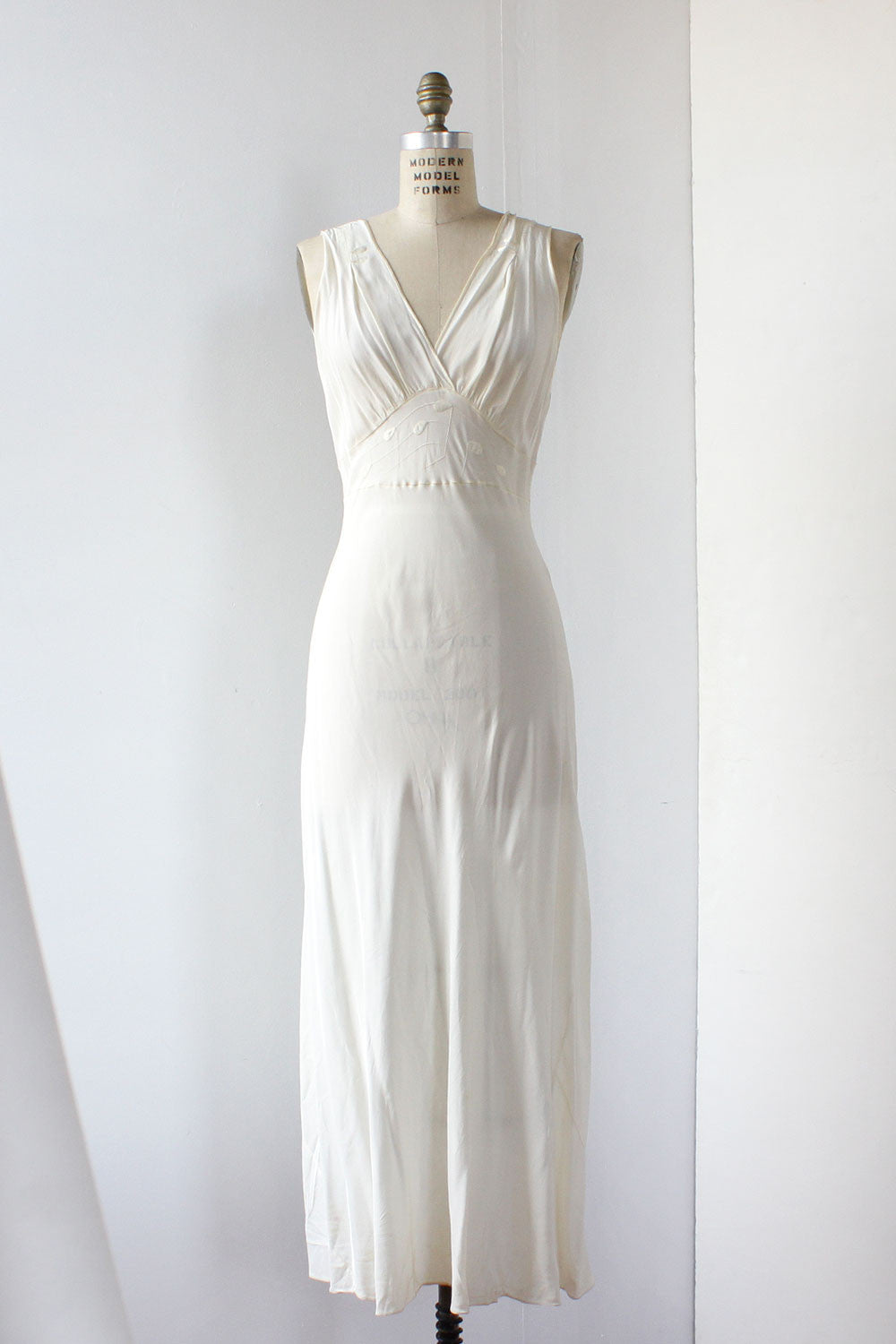 Classical Ivory Slipdress S