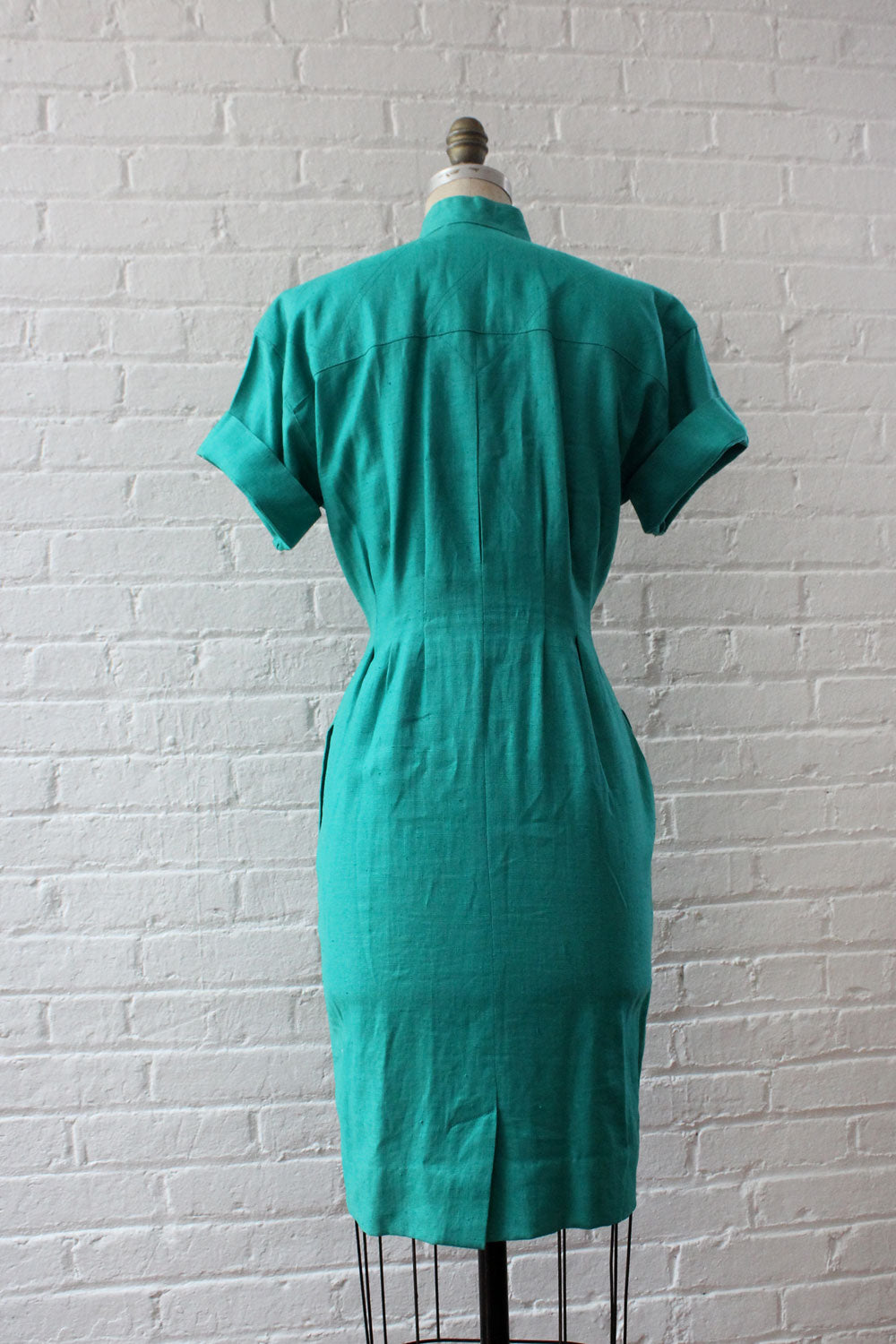 Spearmint Linen Fitted Dress S/M