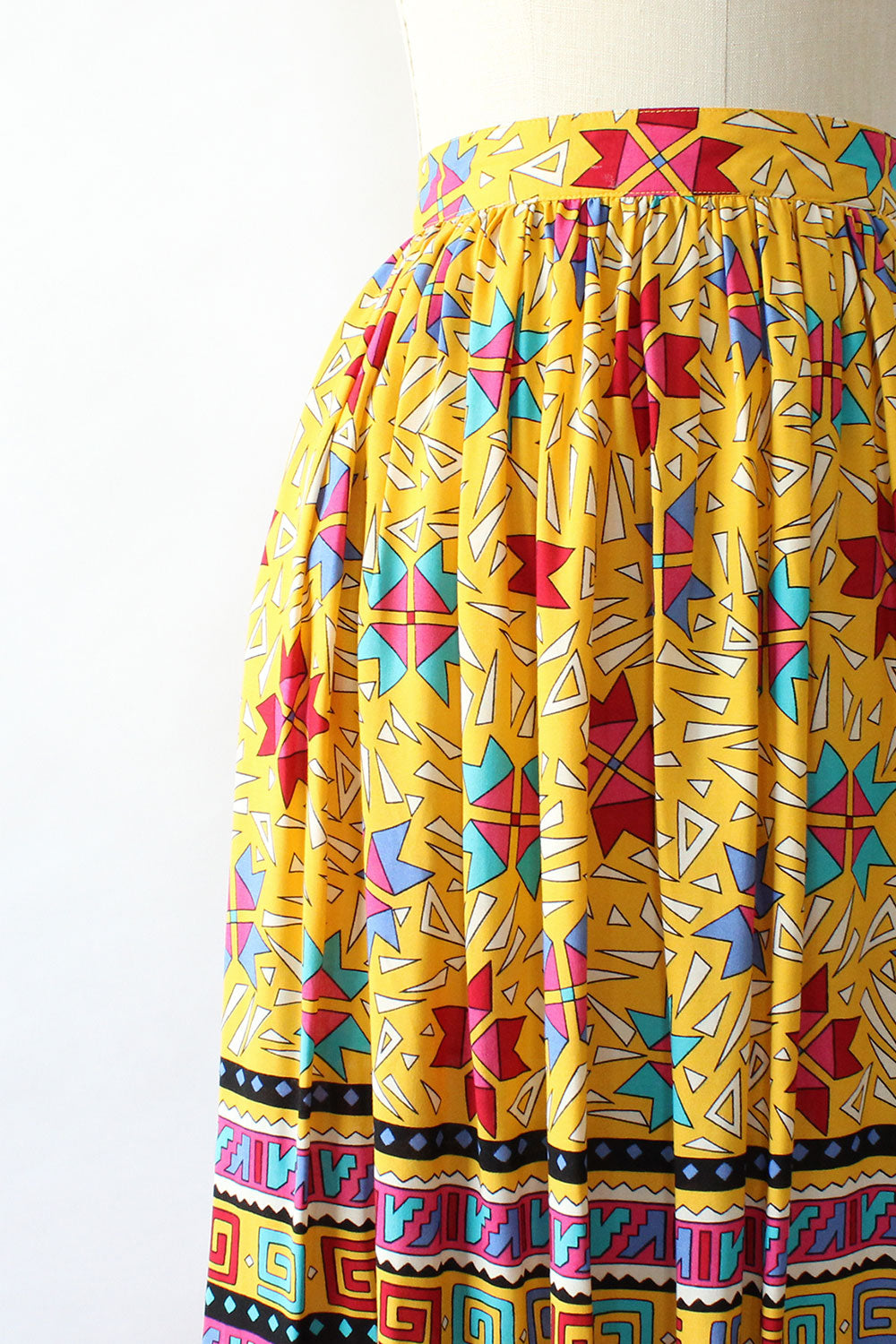 Chaus Banana World Skirt M