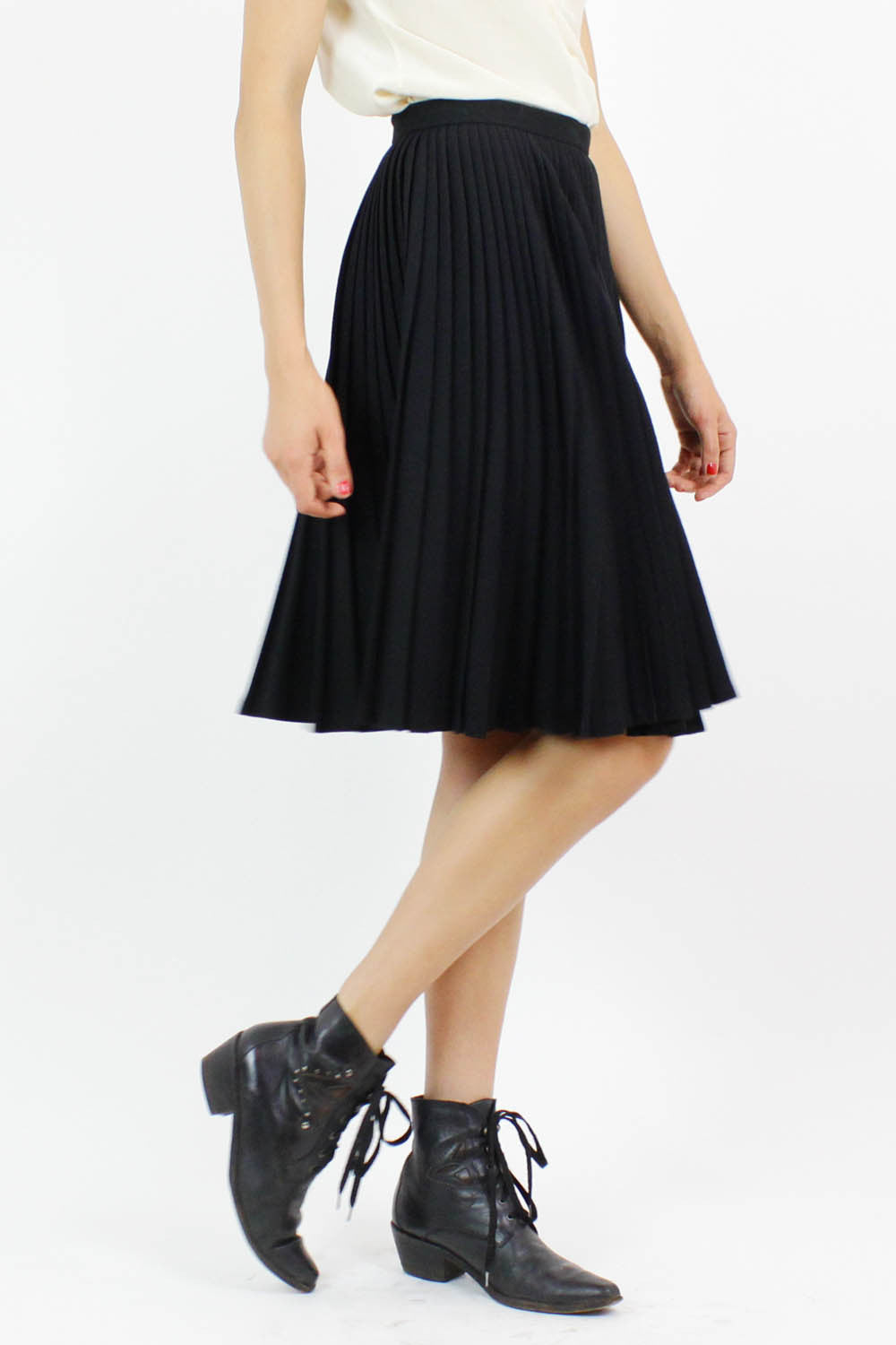 Accordian swing skirt S