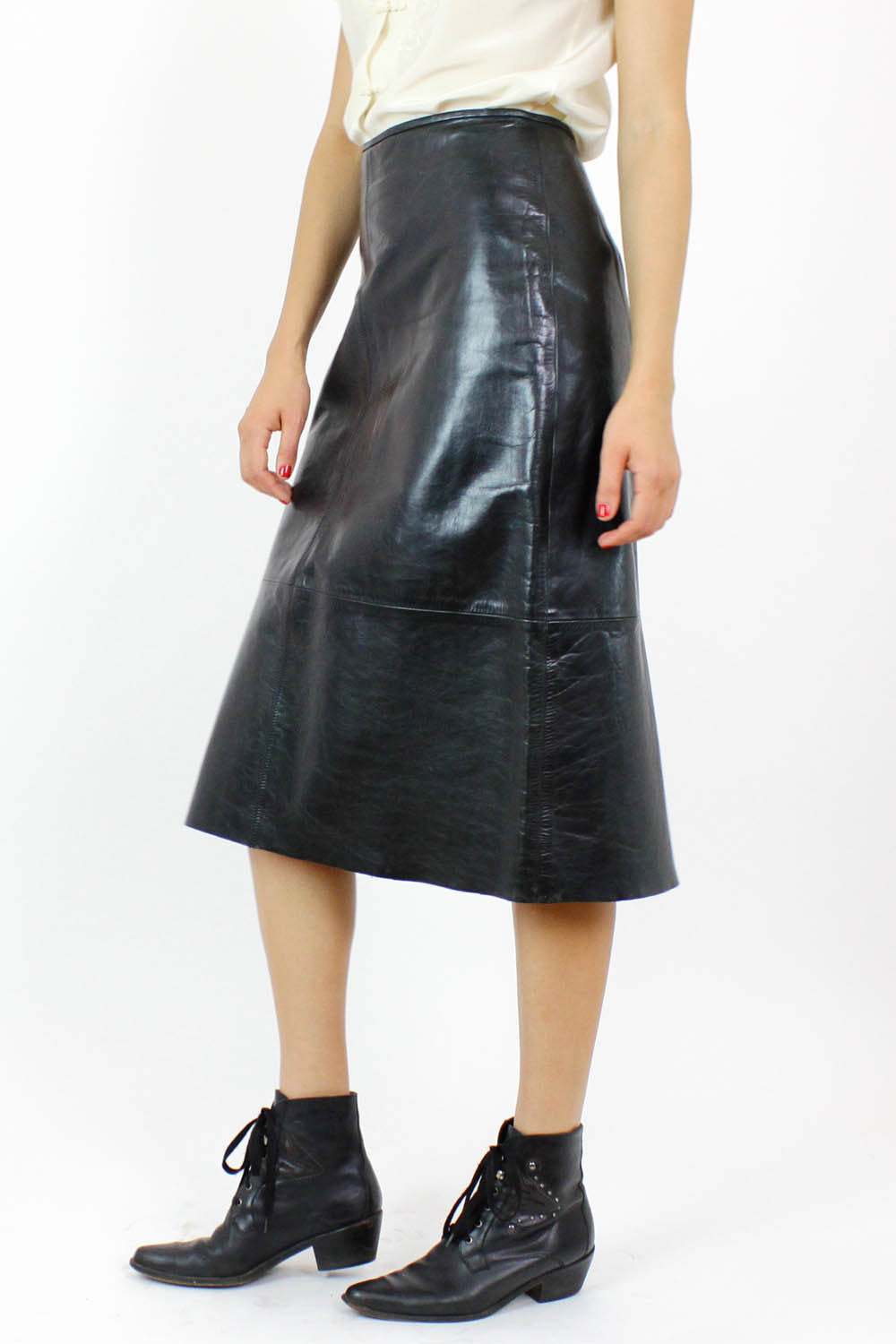 Polished leather skirt 4