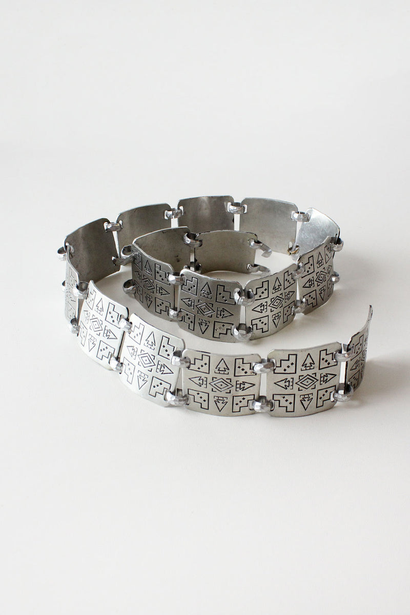 Arrowhead Engraved Link Belt XS/S