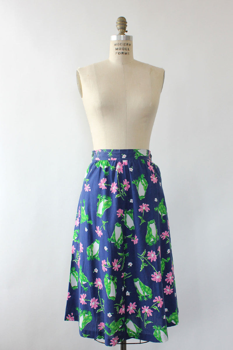 Smirking Frog Novelty Skirt L