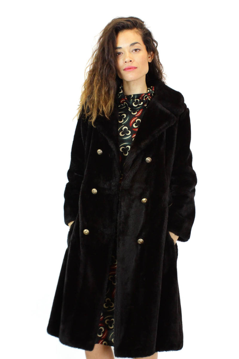 doube breasted faux fur coat
