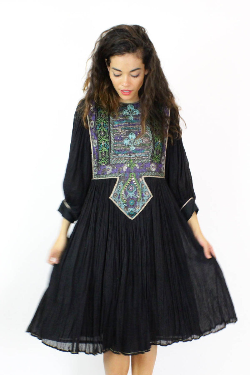 indian embroidered dresses
