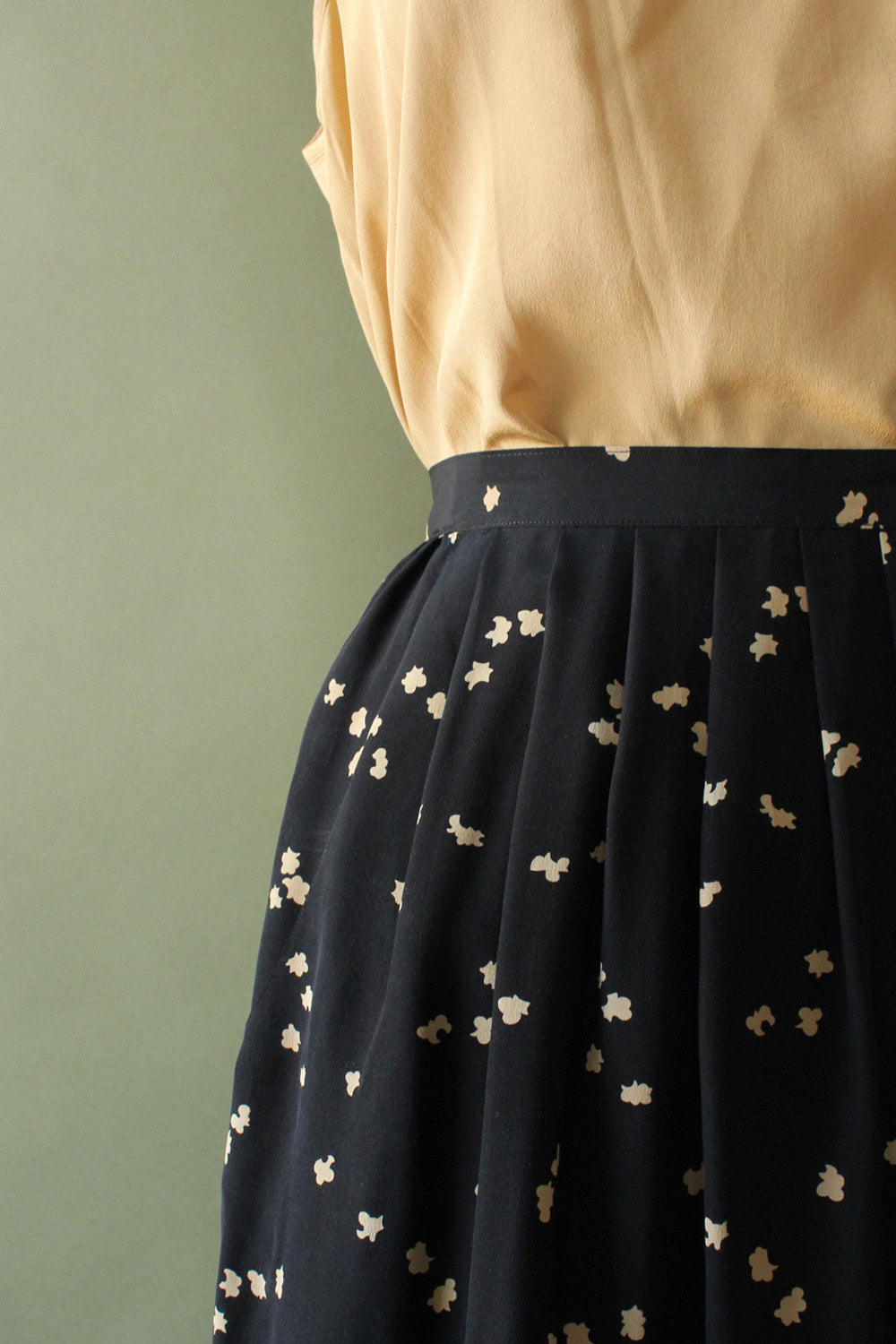 Clove Silk Skirt XS