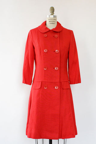 Lady In Red Trench Coat M