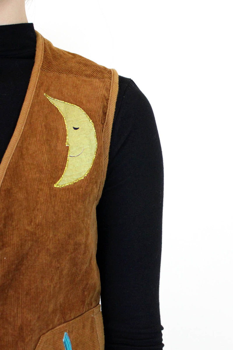 vintage moon clothing detail