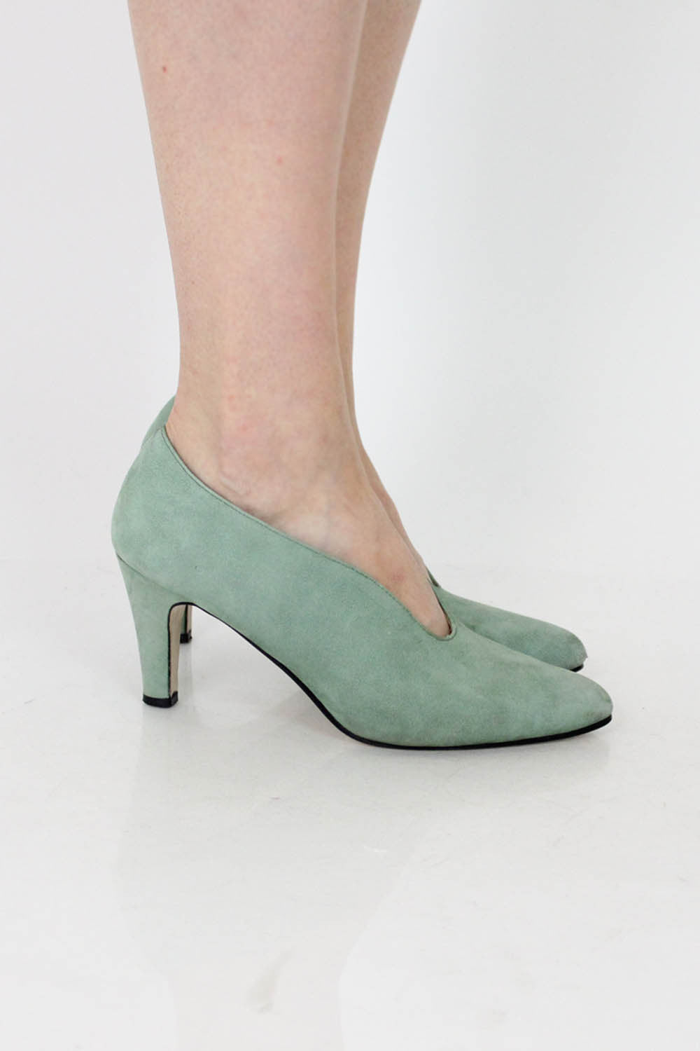 Seafoam Notched Heels 7.5
