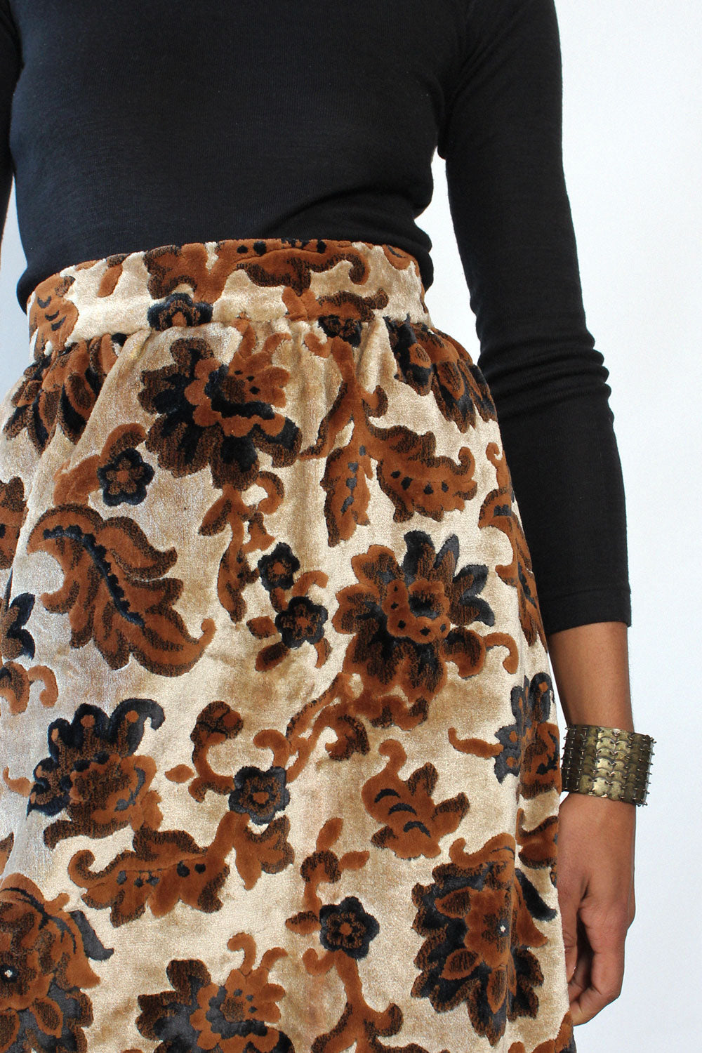 Flora Tufted Tapestry Skirt L