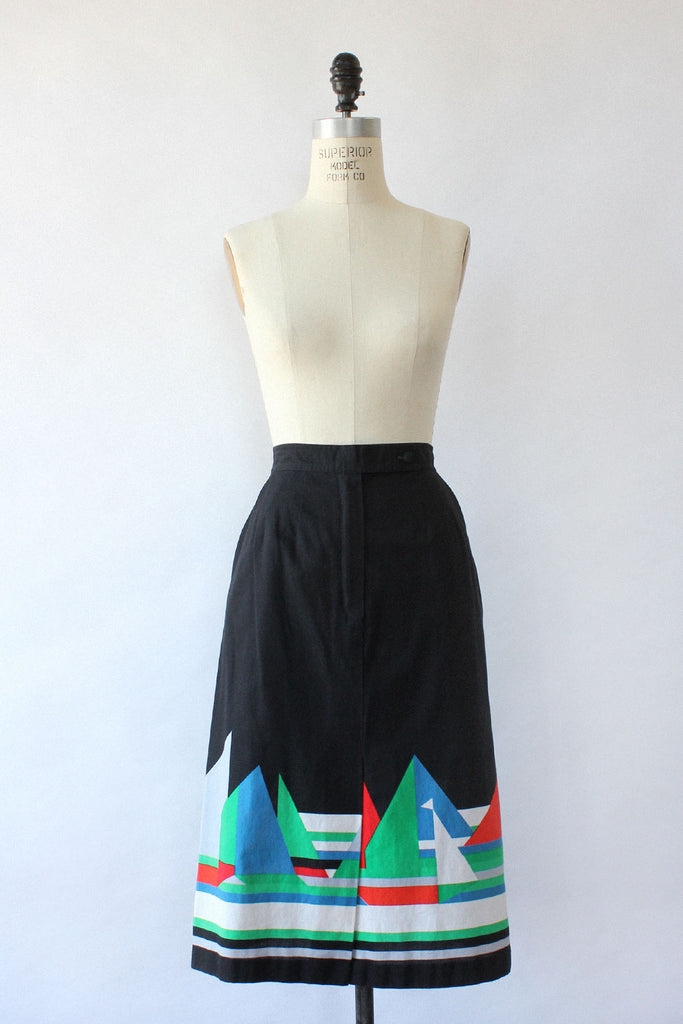Sail Away Graphic Skirt S
