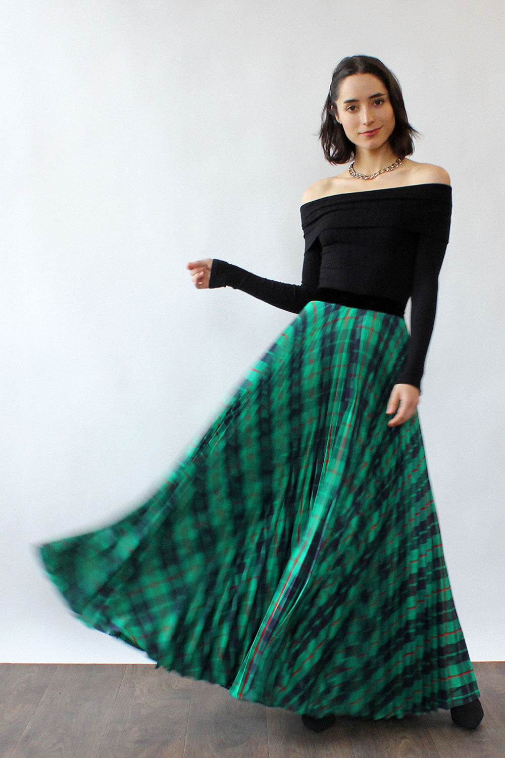 Accordion Pleat Plaid Maxi Skirt S