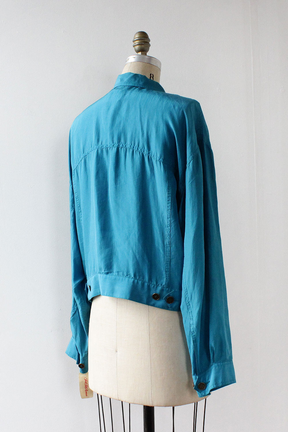The Silk Jacket M