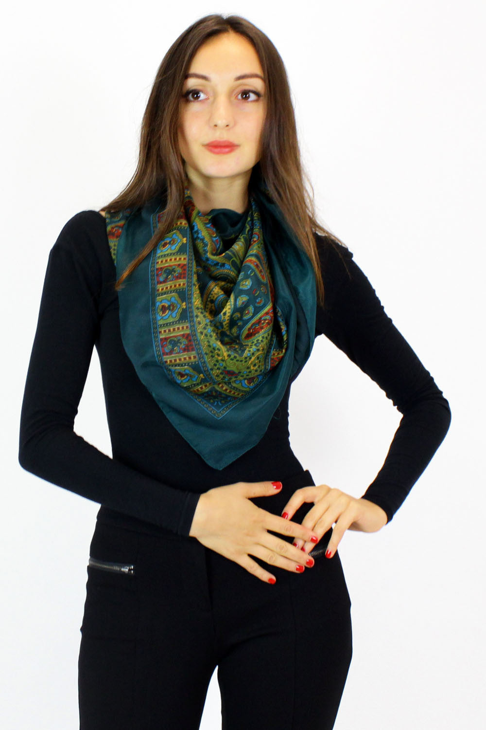 Evergreen silky scarf