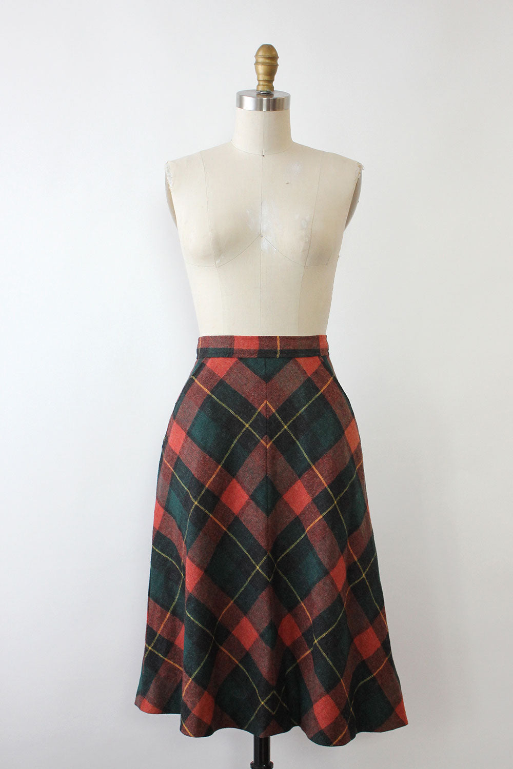 Miter Plaid Skirt XS