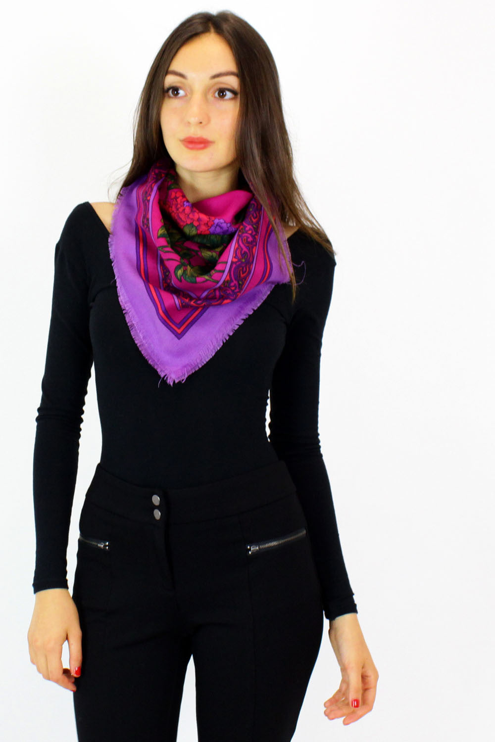 Berry flower scarf