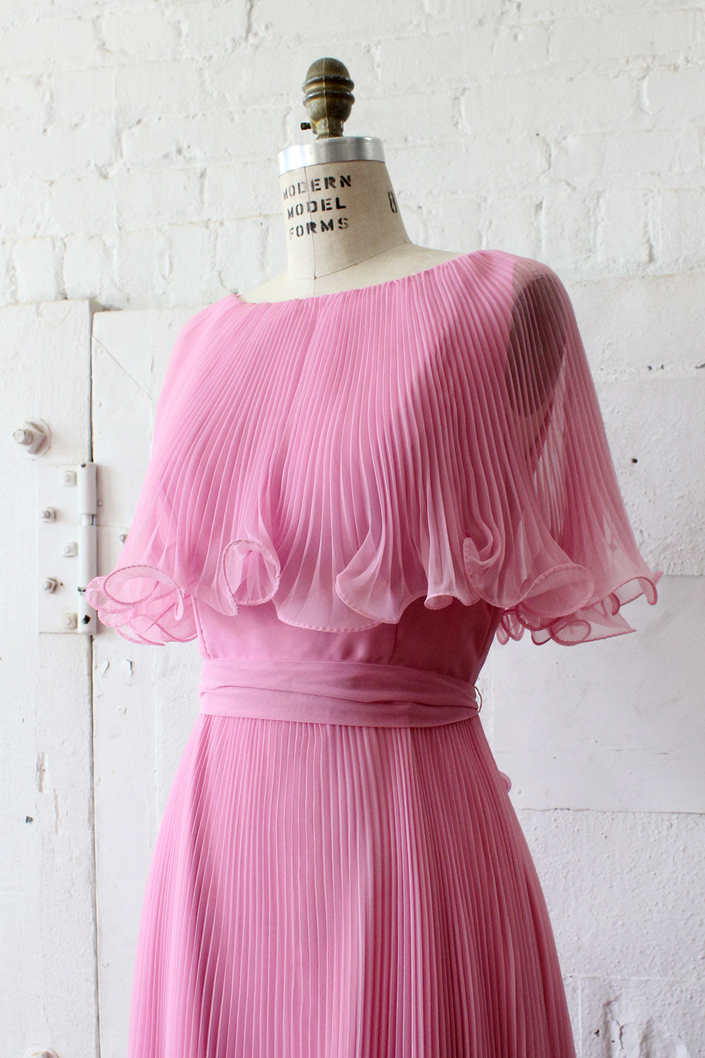 Miss Elliette Pleated Chiffon Dress S/M