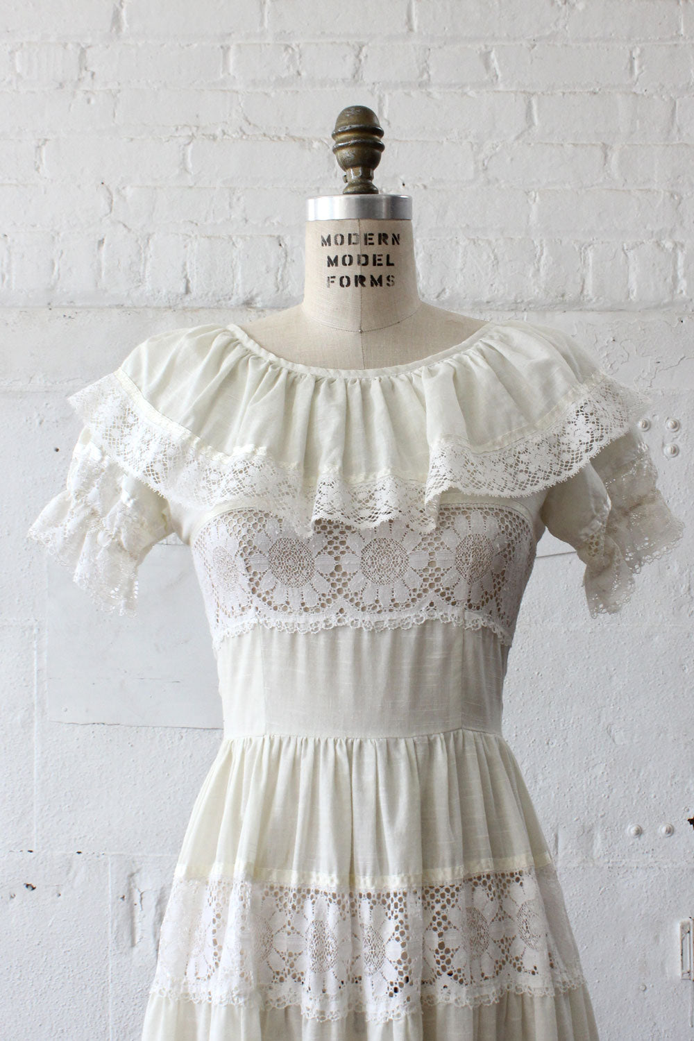 Cream Lace Peasant Dress S