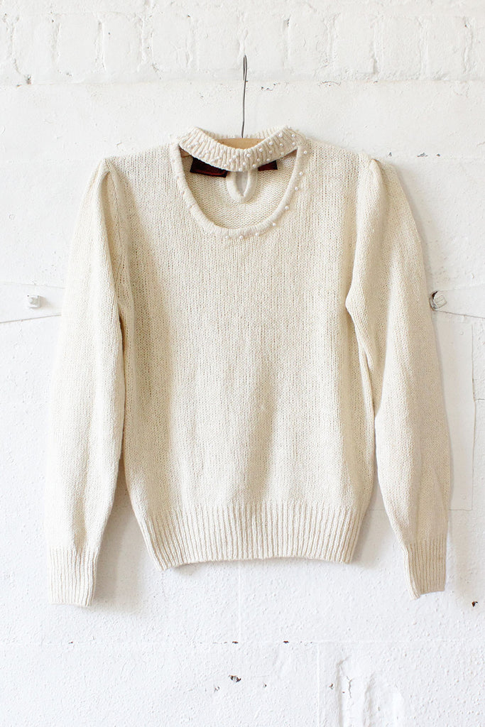 Ivory Pearl Open Collar Sweater S/M