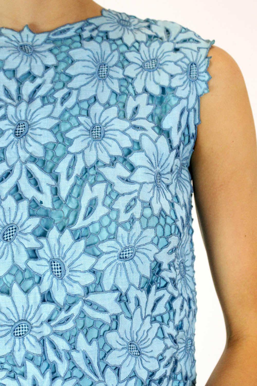 blue vintage floral shell top