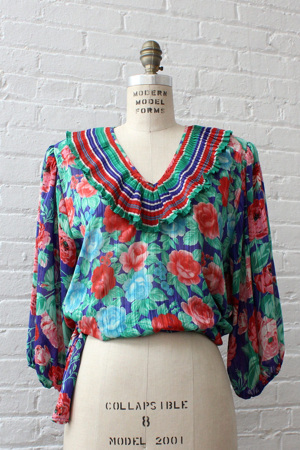 Diane Freis Pleat Collar Blouse M/L