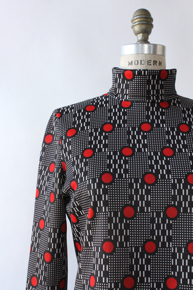 Circuit Graphic Turtleneck M/L