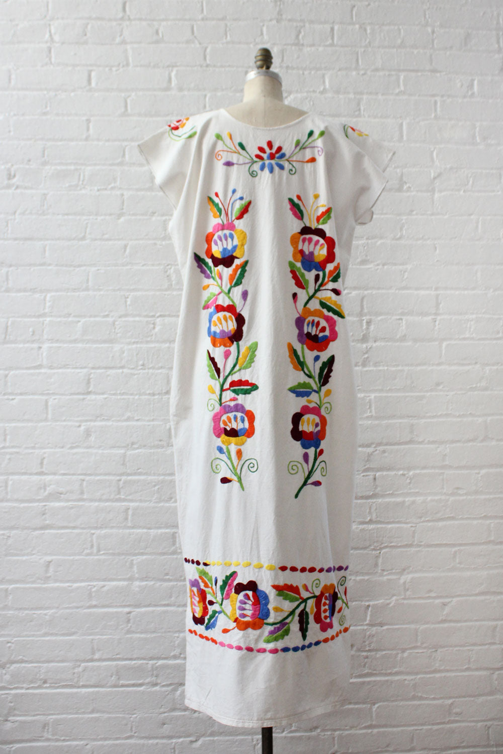 Dancing Floral Embroidered Dress S-L