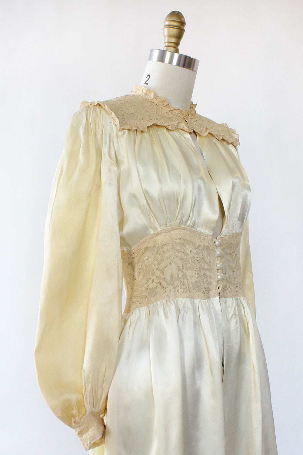 Old Hollywood Satin Robe XS/S