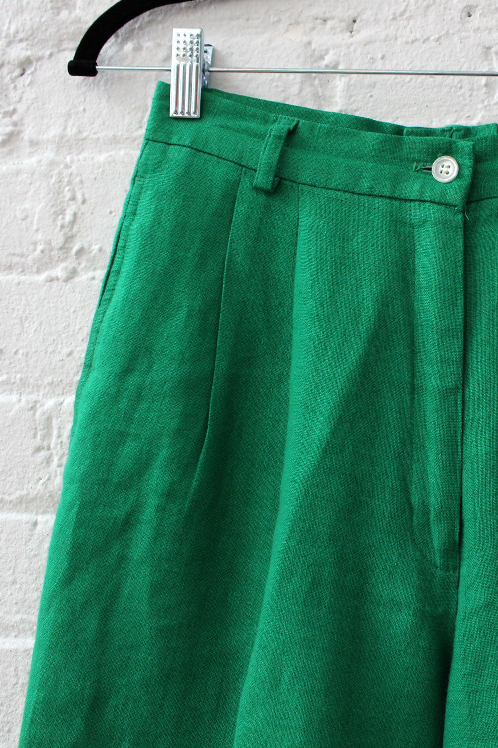 Ultra Green Linen Shorts S