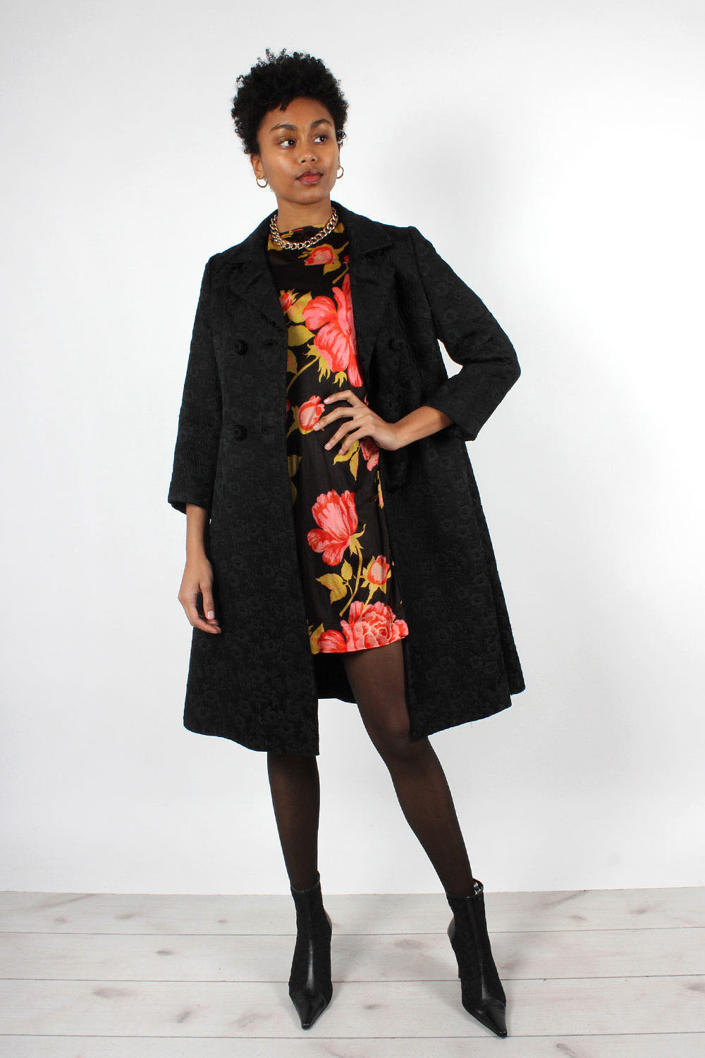 Quilted Black Floral 1960s Coat XS/S