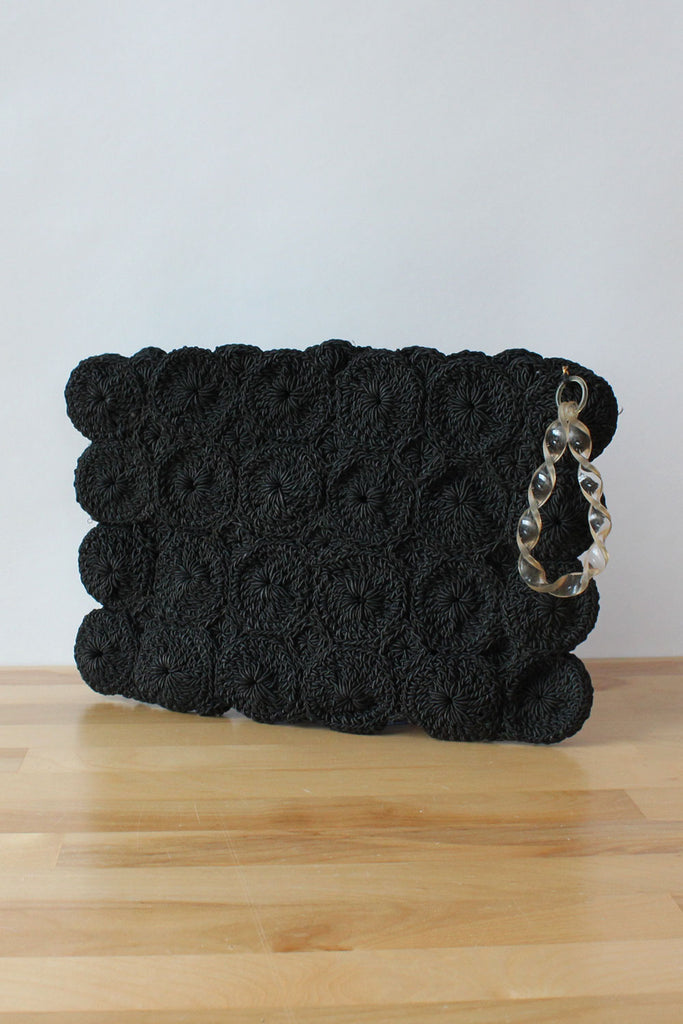 Scallop Crochet Clutch