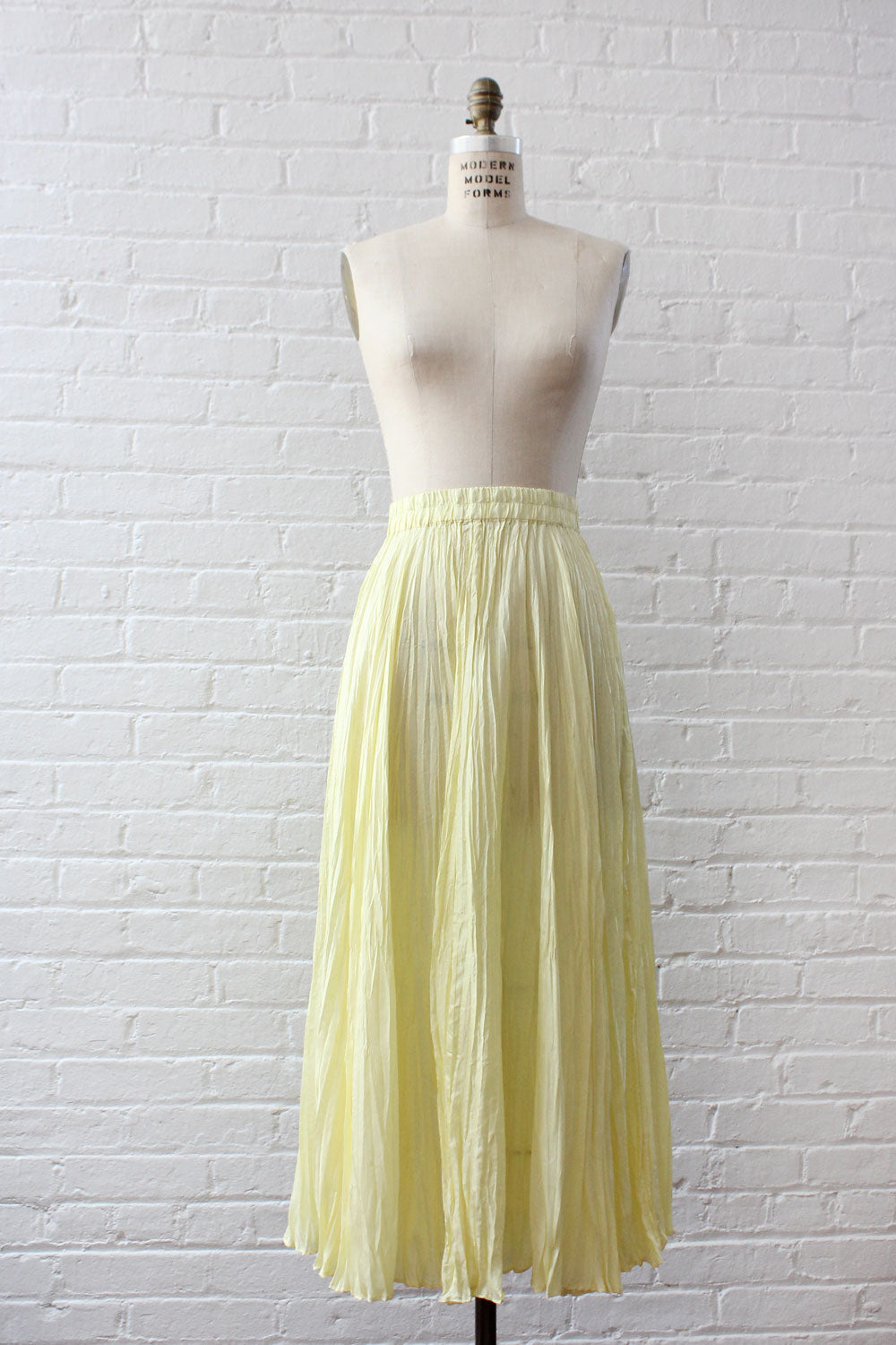 Buttercup Silk Crinkle Skirt M/L