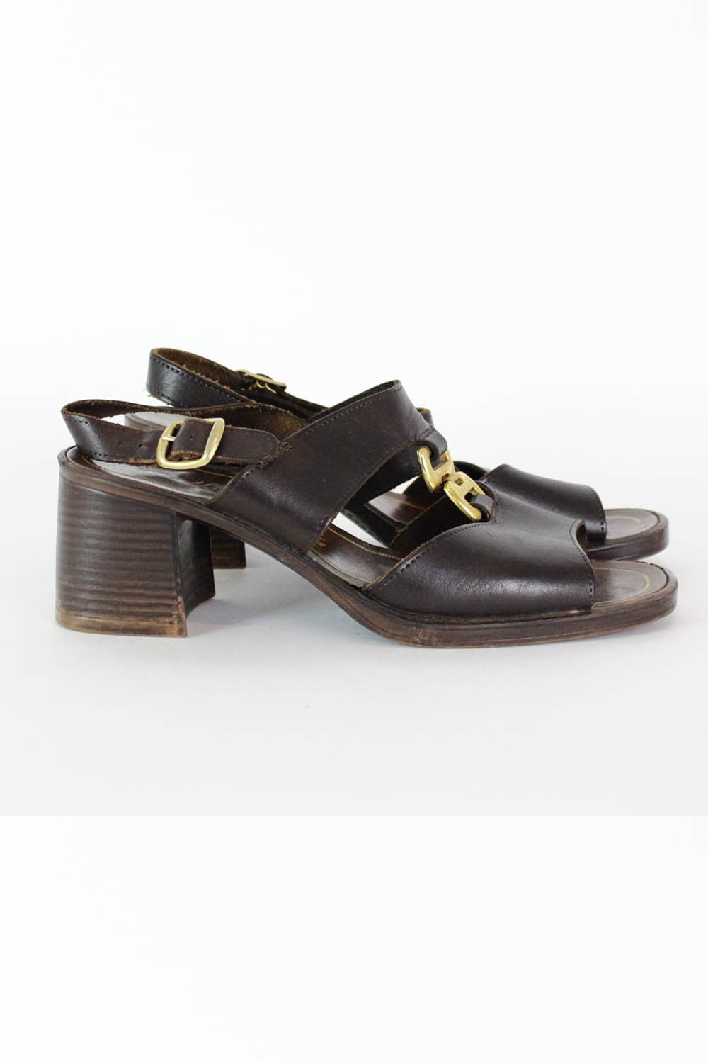 Chunky Sole Buckle Sandals 6