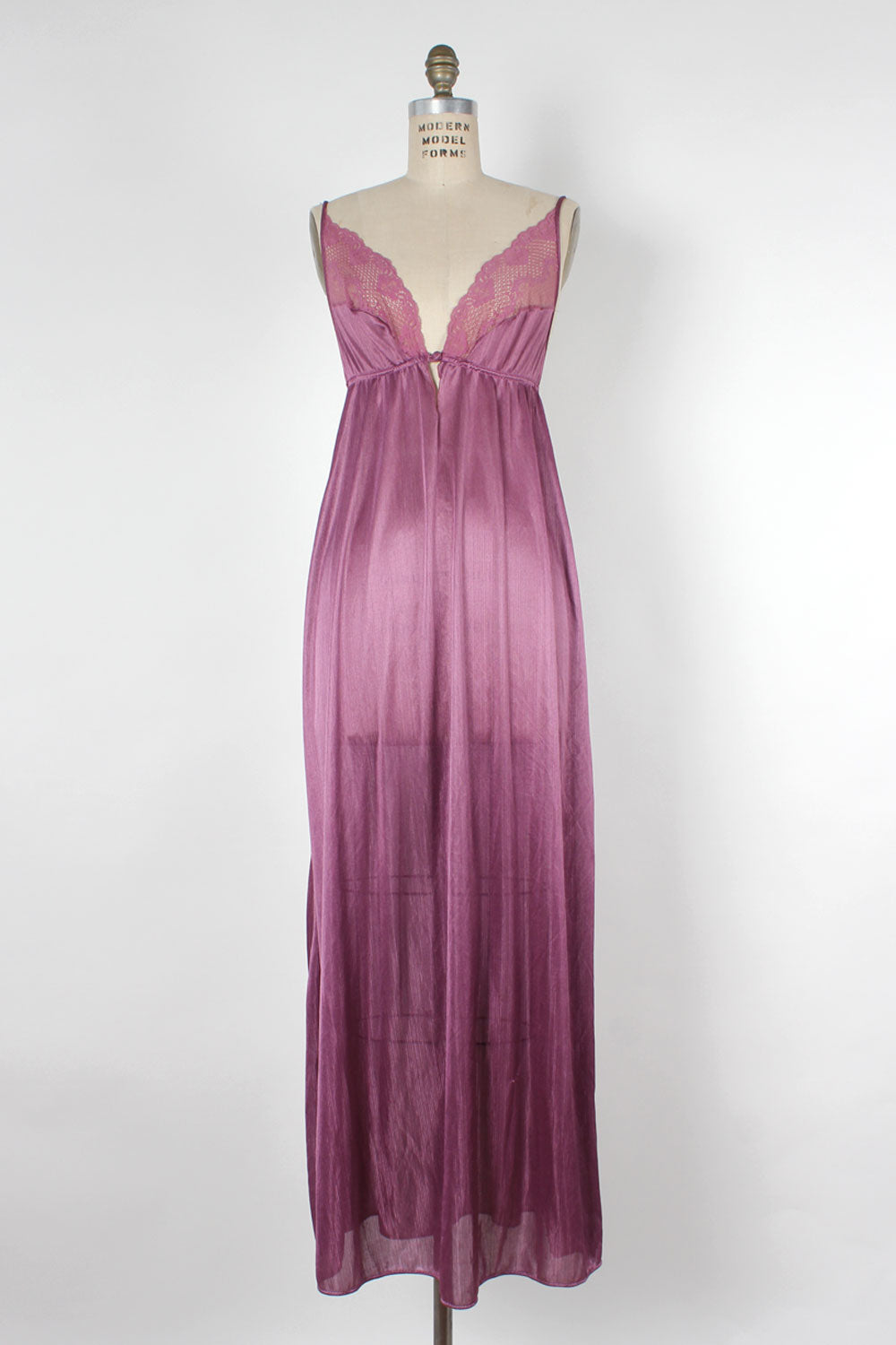 Orchid Lace Nightgown M/L