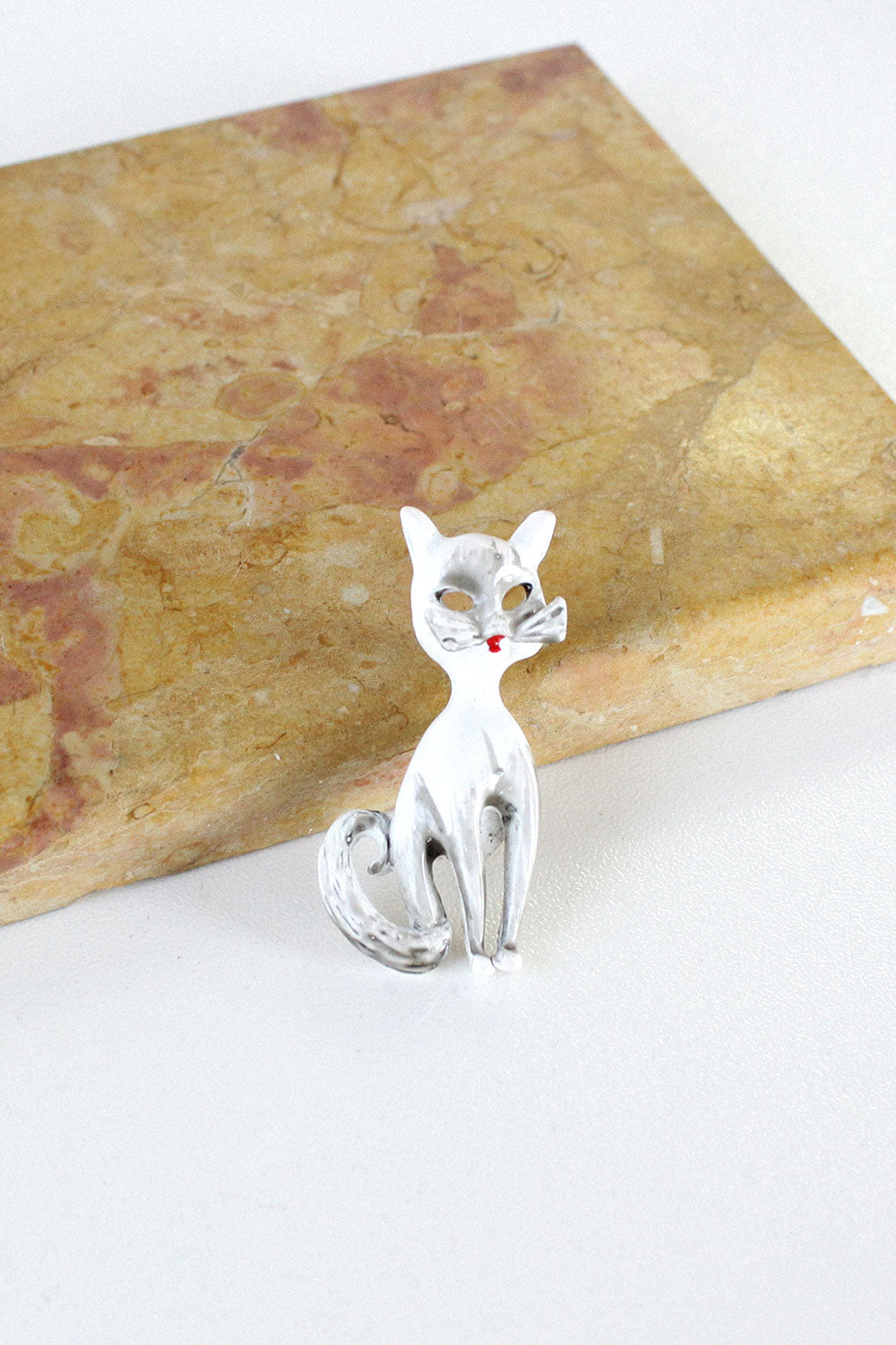 White Kitty Pin