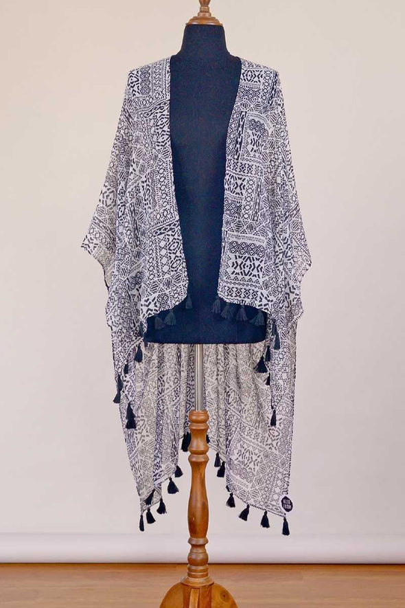 black-white-tassel-kimono-fashion-summer-hello-friday-dunedin-new-zealand.jpg