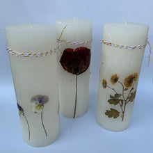Load image into Gallery viewer, Candle with Natural Dried Flowers - handcrafted - bundle of 3