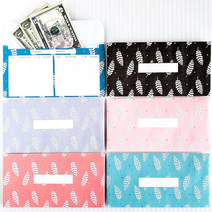 Do you use the cash envelope method for your budget? Organize your cash and stick to your budget by keeping track of your cash spending. These are great for the Dave Ramsey budget system. Add some color to your budget by using these fun leaf themed horizontal cash envelopes!