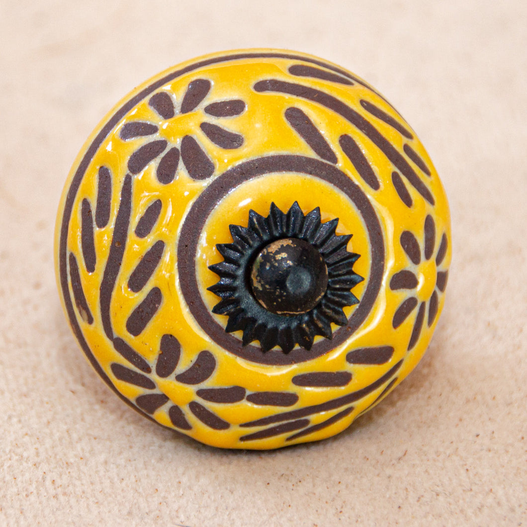 Hand Painted Ceramic Door Drawer Knob ..Sunny Floral Garland - Beths Emporium
