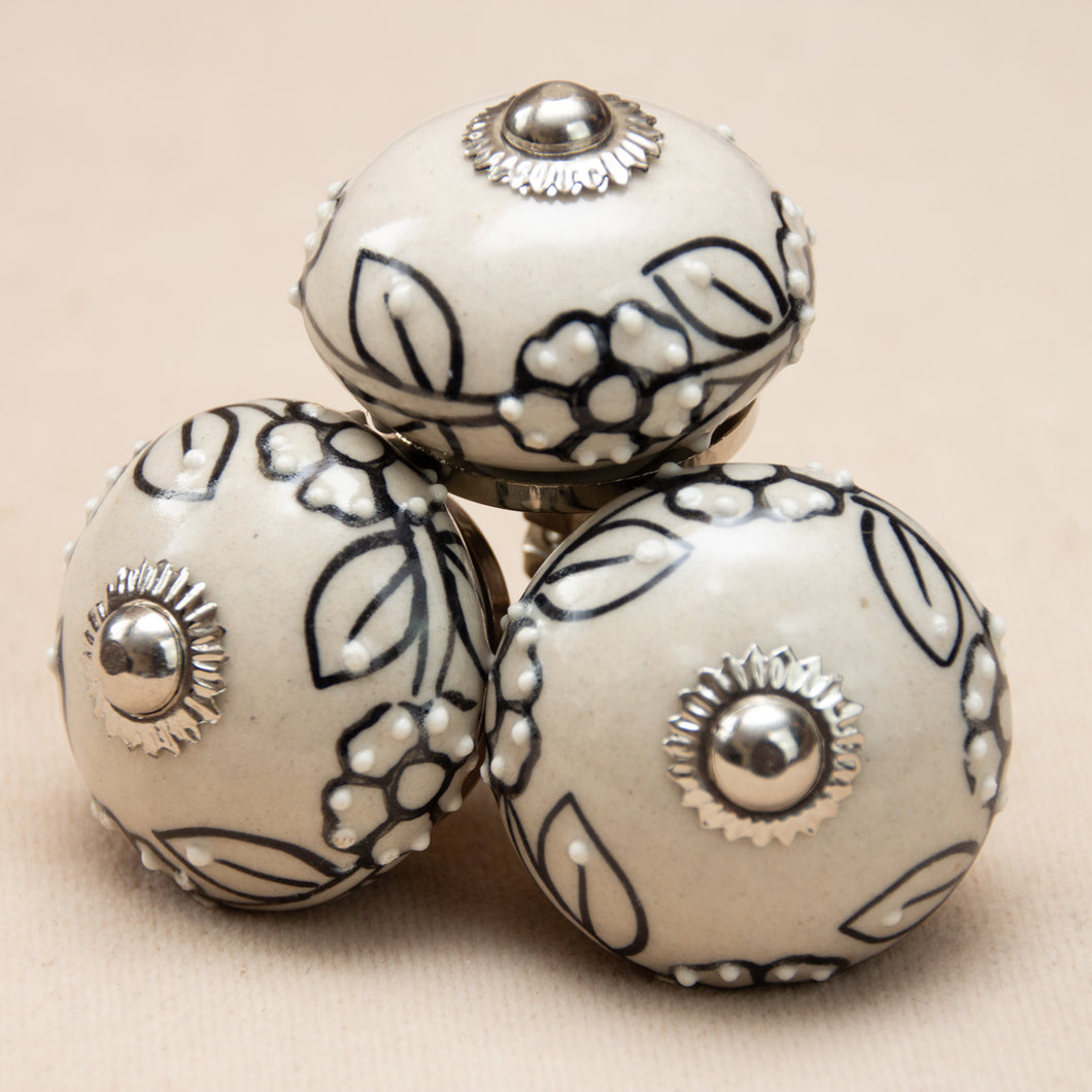 Hand Painted Antique Ceramic Door Drawer Knob - Blanc Noire - Beths Emporium