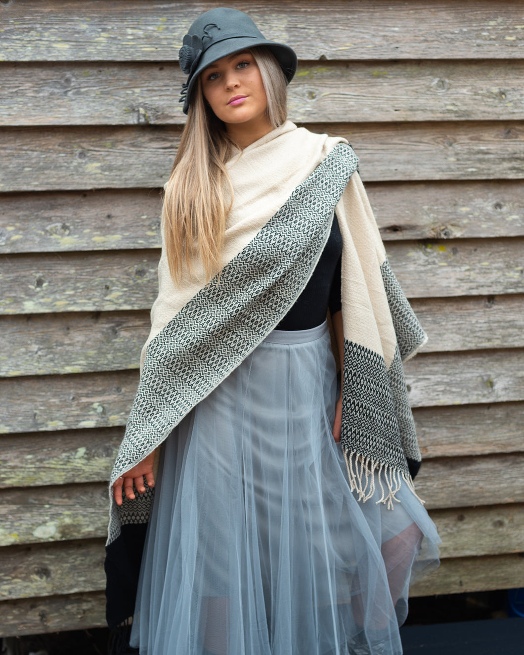 Shawl - Pashmina - Classic Cream with Black Woven Feature - Beths Emporium