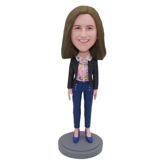 Custom Bobbleheads Doll That Look Like You, College Graduation Gifts For Girlfriend - Abobblehead.com