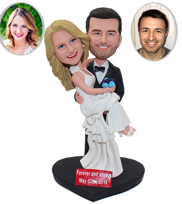 Custom Made Wedding Couple Bobbleheads Cake Toppers , Unique Wedding Cake Toppers Bride And Groom - Abobblehead.com