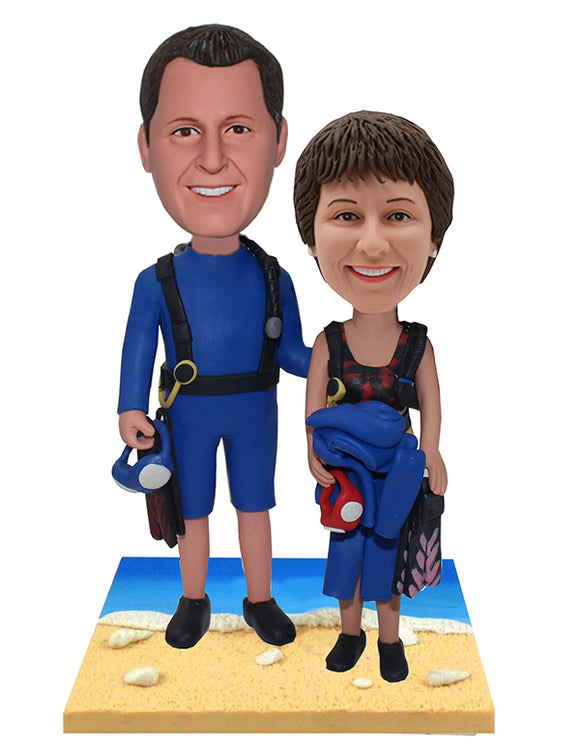 Custom Wetsuit Bobblehead Beach Couple Dolls - Abobblehead.com