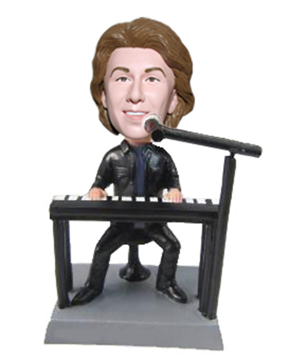 Customized Boobleheads Singer Singing While Playing The Piano - Abobblehead.com